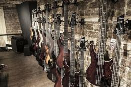 İstanbul, Beyoğlu Çinilihan Davul & Gitar Mağazası, Fotoğraf: (3/7)