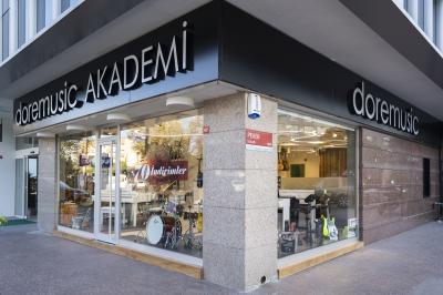 İstanbul, Etiler Akademi & Mağazası, Fotoğraf: (1/10)