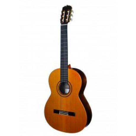 Jose Ramirez Conservatorio Klasik Gitar w/Case<br>Fotoğraf: 1/1