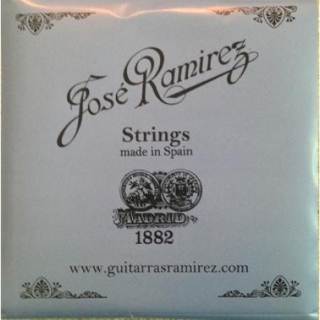 Jose Ramirez Medium Tension Klasik Gitar Teli<br>Fotoğraf: 1/1