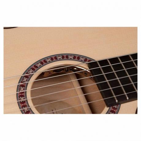 La Patrie Arena Flame Maple CW Crescent II Elektro Klasik Gitar<br>Fotoğraf: 4/5