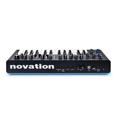 Novation Bass Station II Analog Synthesizer<br>Fotoğraf: 4/4