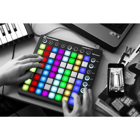 Novation Launchpad MK2<br>Fotoğraf: 4/5