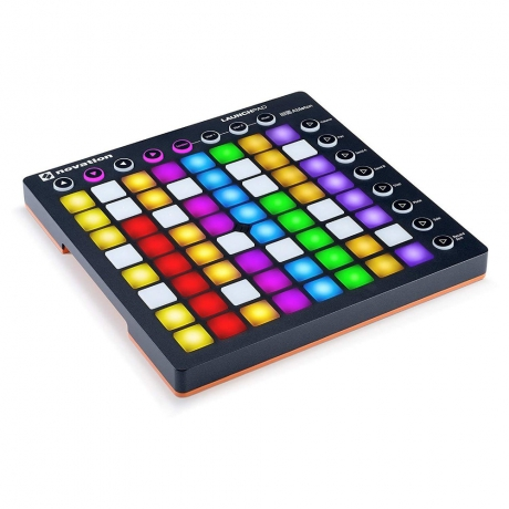 Novation Launchpad MK2<br>Fotoğraf: 2/5