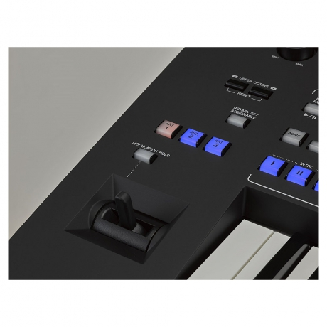 Yamaha Genos 76-Tuşlu Arranger Workstation<br>Fotoğraf: 4/5